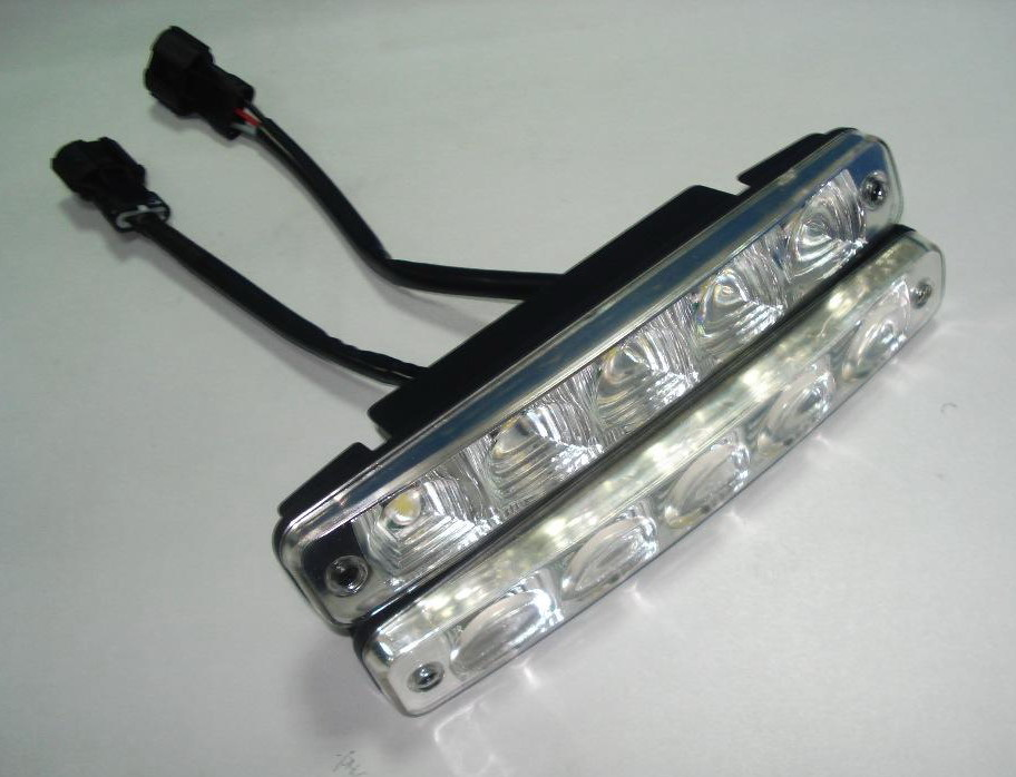 Led Daytime Running Light on Overland Range Rover Sport